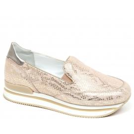 Hogan Chaussures à enfiler pour femmes en cuir de veau laminé rose clair